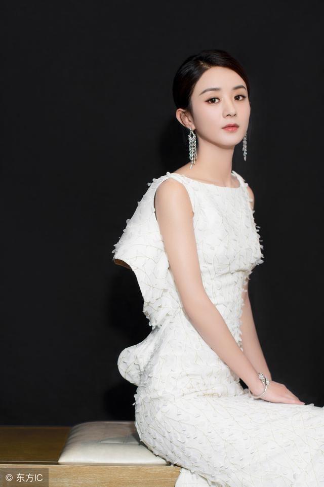 杨幂和赵丽颖人品评价,网友:一个黑转粉,一个粉