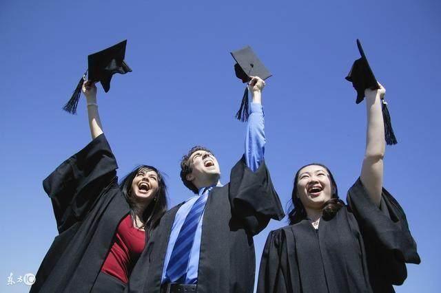 大学最挣钱的6大专业,毕业生个个年薪十几万起!